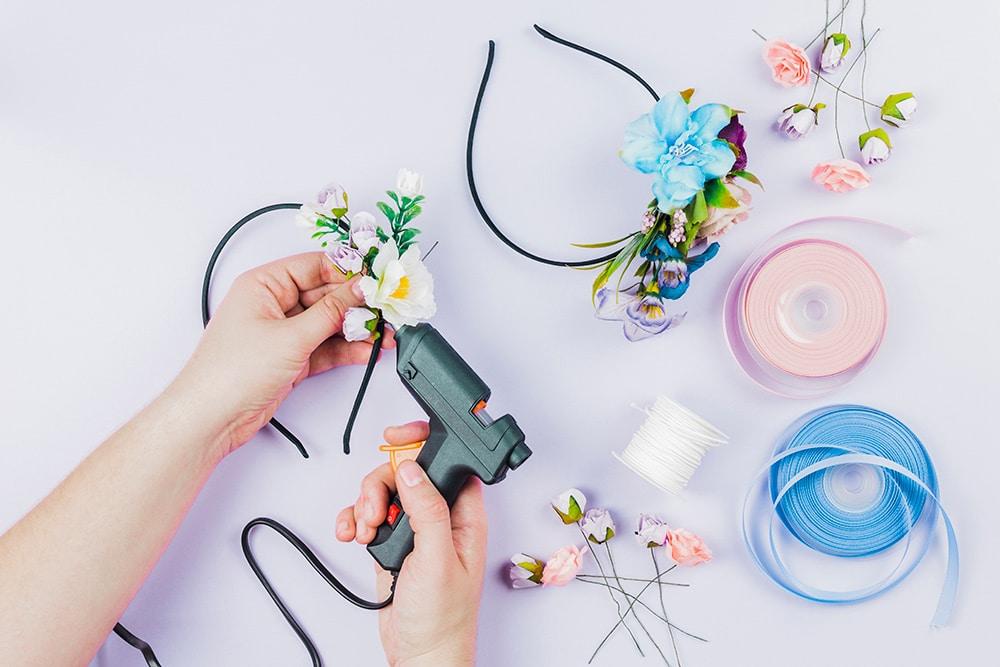 DIY-ribbon-flowers
